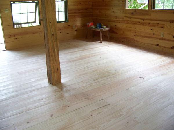 wood-floor-corner